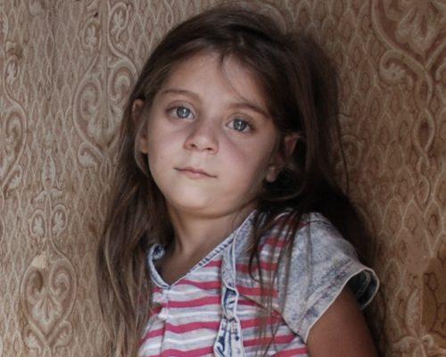 """Penkiametės mergaitės mamos istorija: """"Svajojome pabėgti nuo smurtaujančios mano motinos"""" iliustracija"""