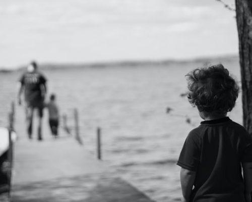 Sunkiau besiverčiančioms šeimoms karantino metu ramybės neduoda ne tik finansiniai iššūkiai, bet ir emocinė būsena iliustracija