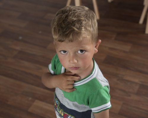 """""""Omniva"""" ir SOS vaikų kaimai Lietuvoje: 1000 džiaugsmų akcija iliustracija"""