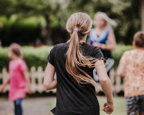 Vaikų gynimo diena: problemas šeimoje išduoda ne tik mėlynės – kas atsakingas už vaikų gerovę? iliustracija