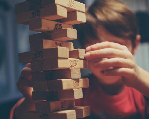Liekame namuose – ką veikti su vaikais? iliustracija